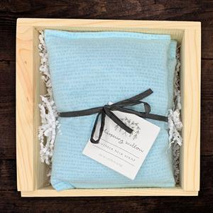 These lavender neck wraps are a popular gift for busy people.  It's a wonderful little luxury for th