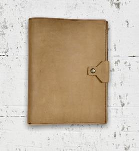 Hard-working executives, need a hard-working padfolio. The Executive Padfolio features a snap closur